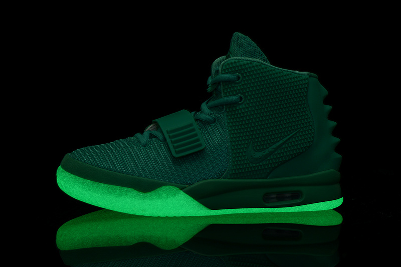 """new product 46d05 840d2 New Style Nike Air Yeezy 2 """"Green Lantern"""" Glow In The Dark"""